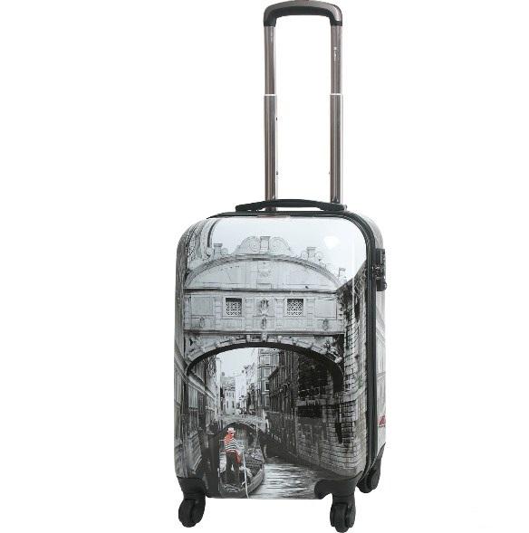 Купить чемодан из поликарбоната на колесах недорого